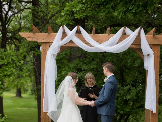 Larissa and Ryan's wedding in Winnipeg, Manitoba 98