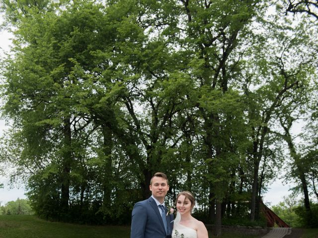 Larissa and Ryan's wedding in Winnipeg, Manitoba 160