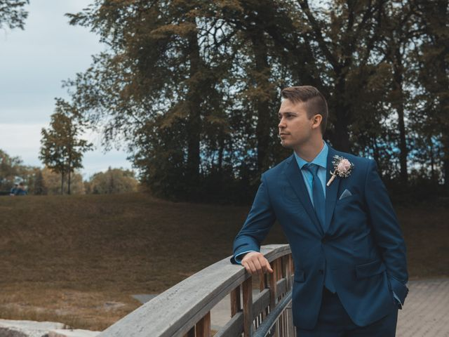 Larissa and Ryan's wedding in Winnipeg, Manitoba 188