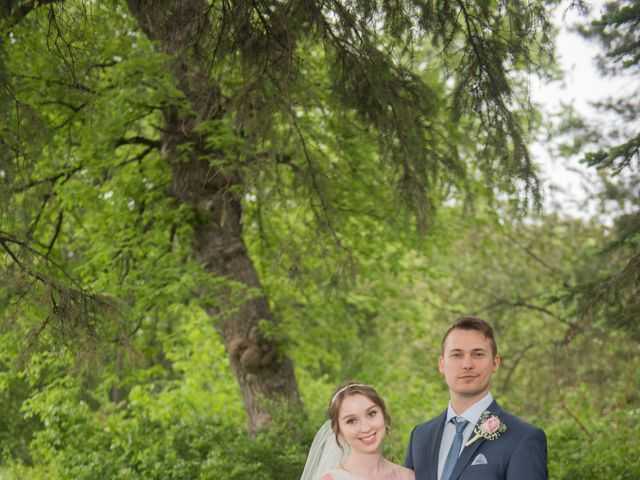 Larissa and Ryan's wedding in Winnipeg, Manitoba 190