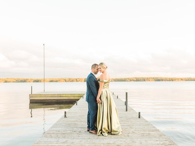 Colin and Matteke's wedding in Lansdowne, Ontario 57