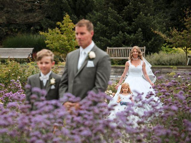Matt and Susanne's wedding in Burlington, Ontario 21