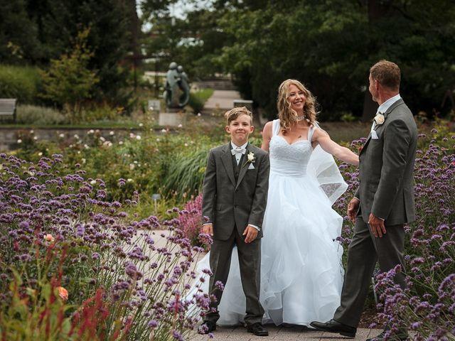 Matt and Susanne's wedding in Burlington, Ontario 24