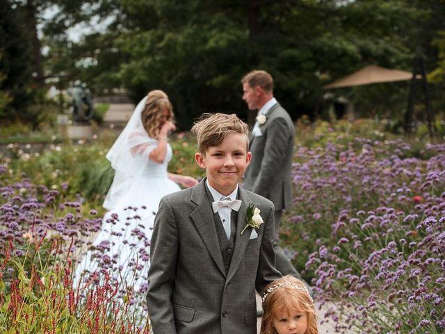 Matt and Susanne's wedding in Burlington, Ontario 27