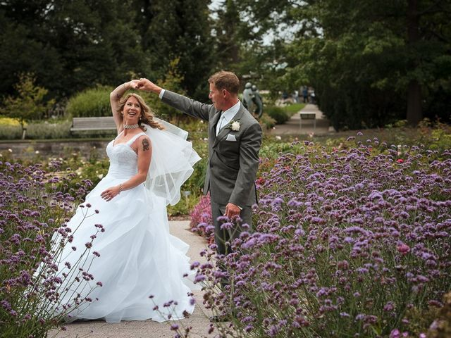 Matt and Susanne's wedding in Burlington, Ontario 29
