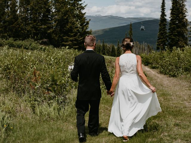 Tyson and Lindsey's wedding in Kimberley, British Columbia 9