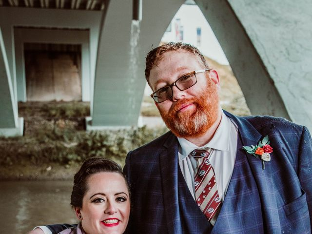 Jared and Melanie's wedding in Edmonton, Alberta 11