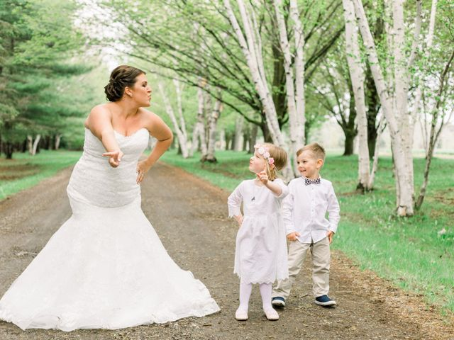 Jon and Sarah's wedding in Bradford, Ontario 7