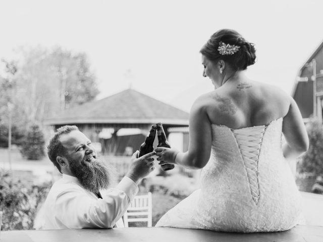 Jon and Sarah's wedding in Bradford, Ontario 8