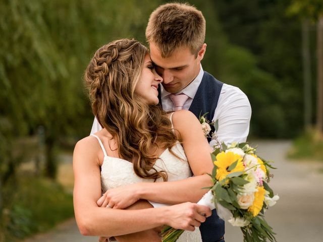 Jon and Rachel's wedding in Abbotsford, British Columbia 20