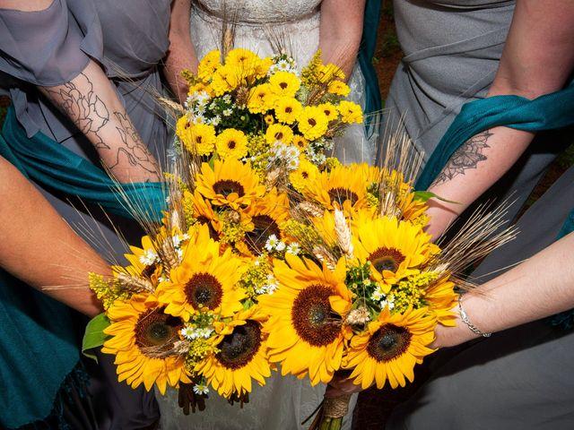 Alicia and Nicolas's wedding in Durham, Ontario 8
