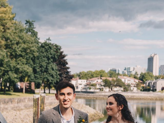 Caitlin and Mark's wedding in Vancouver, British Columbia 31
