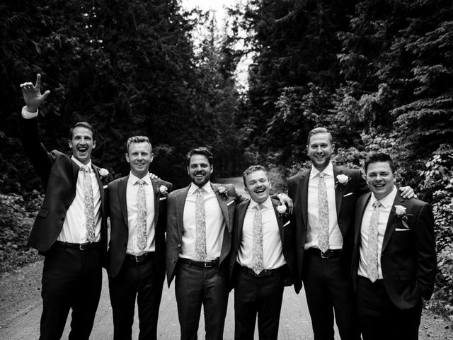 Jonathan and Taryn's wedding in Fernie, British Columbia 33