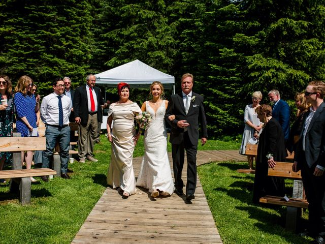 Jonathan and Taryn's wedding in Fernie, British Columbia 41
