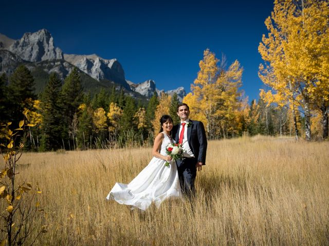 Chris and Jess's wedding in Canmore, Alberta 21