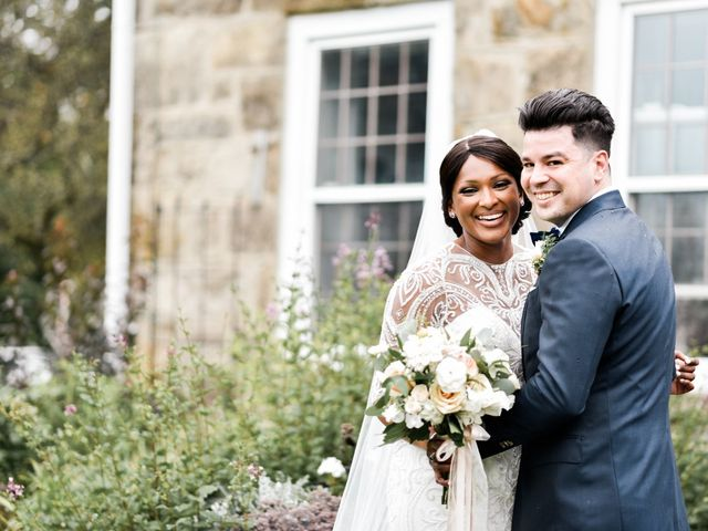 Jon and Manal's wedding in Cambridge, Ontario 17