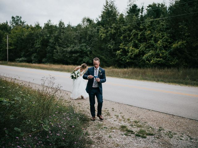 Travis and Alexandra's wedding in Port Elgin, Ontario 18