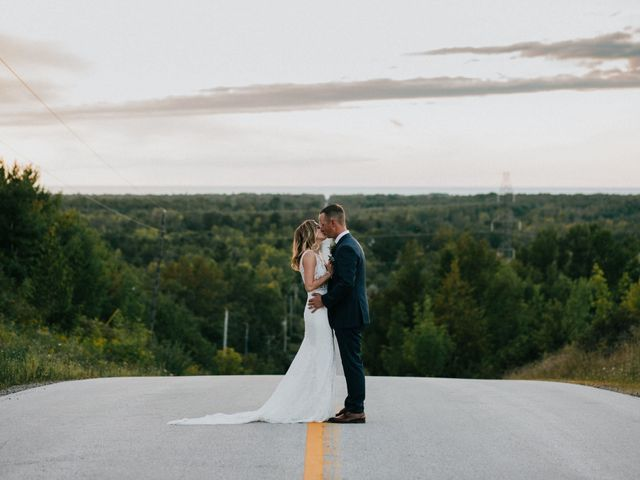 Travis and Alexandra's wedding in Port Elgin, Ontario 31