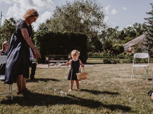 Zooey and Melanie's wedding in Winnipeg, Manitoba 15