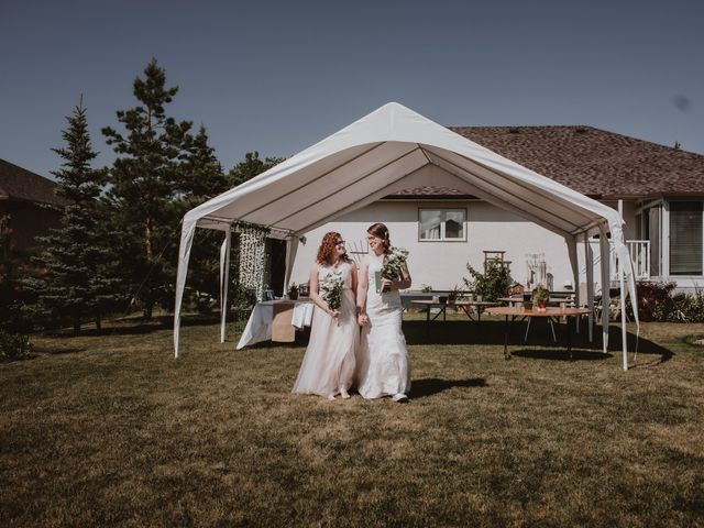 Zooey and Melanie's wedding in Winnipeg, Manitoba 18