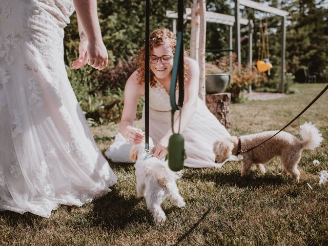 Zooey and Melanie's wedding in Winnipeg, Manitoba 28