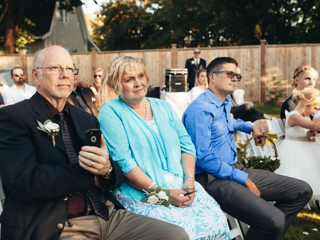 Stephanie and Joshua's wedding in Vancouver, British Columbia 3