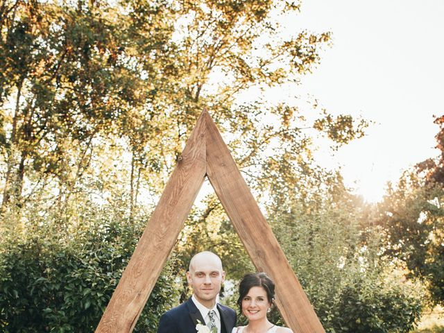Stephanie and Joshua's wedding in Vancouver, British Columbia 9
