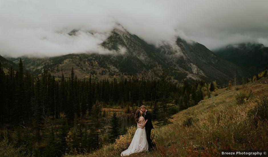 Fraser and Taylor's wedding in Kananaskis, Alberta
