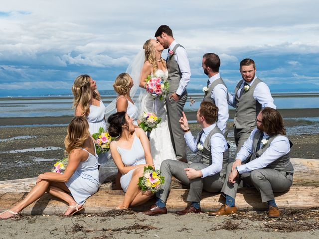 Geoff and Kristen's wedding in Tsawwassen, British Columbia 21