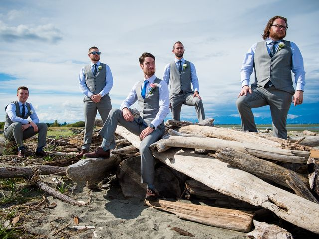 Geoff and Kristen's wedding in Tsawwassen, British Columbia 24