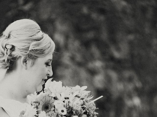 Timothy and Stephanie's wedding in Nanaimo, British Columbia 41