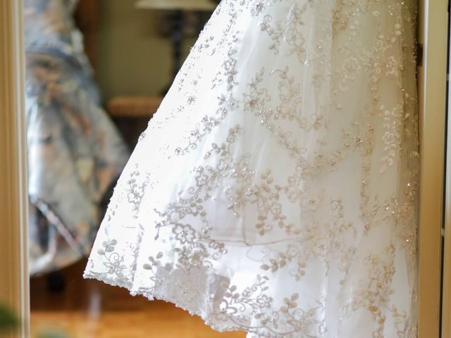 Brian and Rachel's wedding in Notre-Dame-de-l'Ile-Perrot, Quebec 4