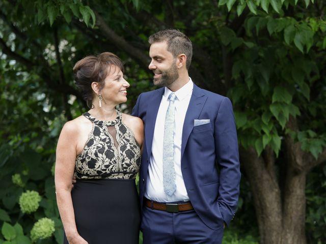 Brian and Rachel's wedding in Notre-Dame-de-l'Ile-Perrot, Quebec 13
