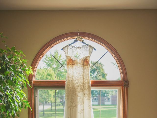 Joe and Melissa's wedding in Windsor, Ontario 31