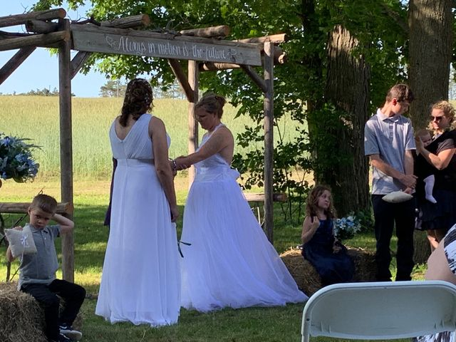 Brittany and April's wedding in Bowmanville, Ontario 5