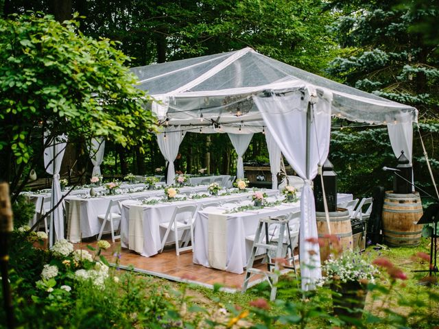 Alex and Taylor's wedding in Meaford, Ontario 16