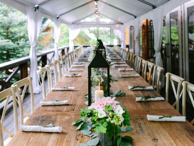 Alex and Taylor's wedding in Meaford, Ontario 19