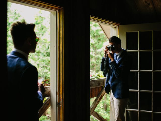 Alex and Taylor's wedding in Meaford, Ontario 26
