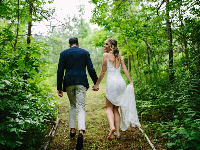 Alex and Taylor's wedding in Meaford, Ontario 27