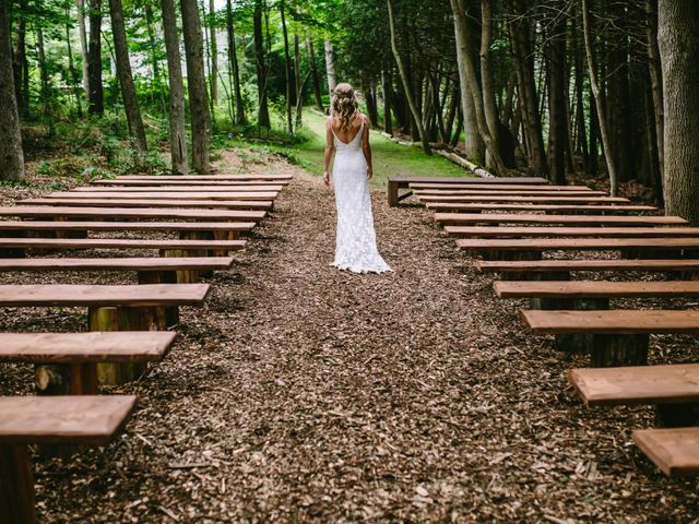 Alex and Taylor's wedding in Meaford, Ontario 36