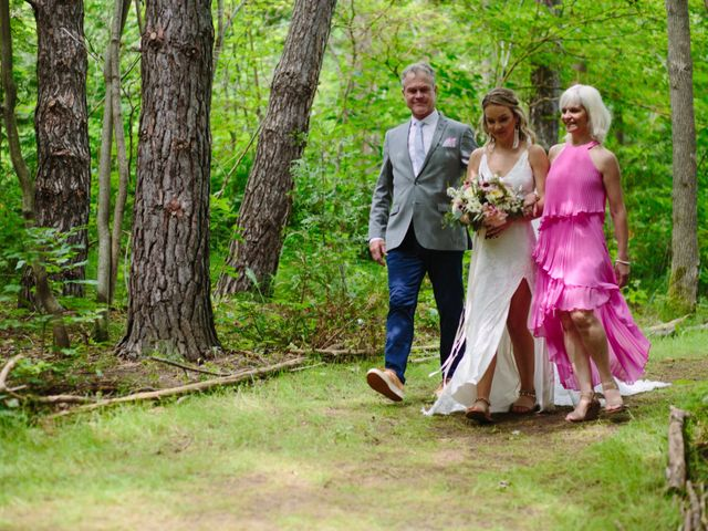 Alex and Taylor's wedding in Meaford, Ontario 44