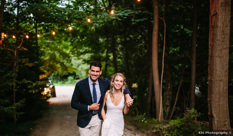 Alex and Taylor's wedding in Meaford, Ontario