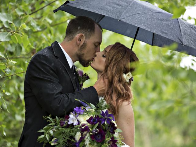 Travis and Jessica's wedding in Regina, Saskatchewan 12