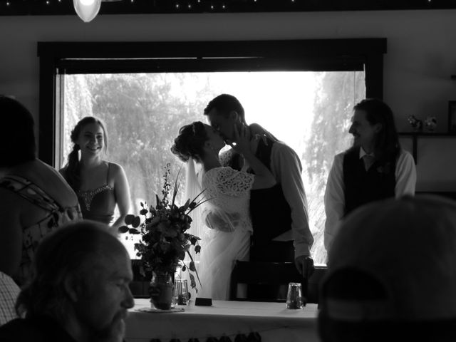 Tyson and Tamra's wedding in Vernon, British Columbia 3