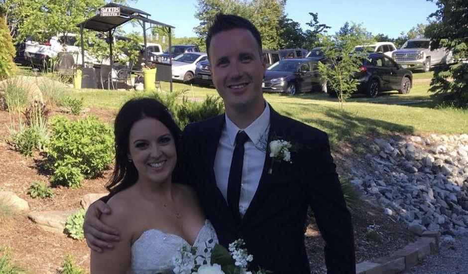 Travis and Lauren 's wedding in Cavan, Ontario