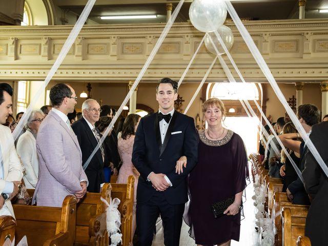 Philippe and Karine's wedding in Saint-Antoine-sur-Richelieu, Quebec 28