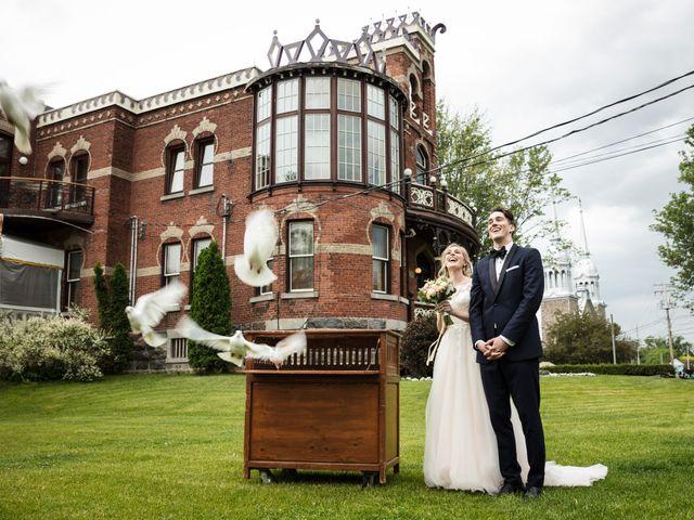 Philippe and Karine's wedding in Saint-Antoine-sur-Richelieu, Quebec 51