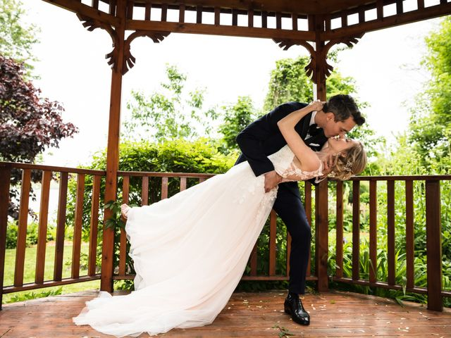Philippe and Karine's wedding in Saint-Antoine-sur-Richelieu, Quebec 61