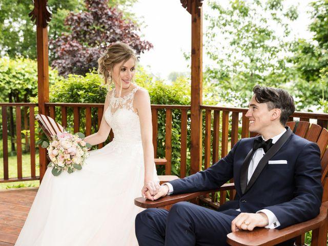 Philippe and Karine's wedding in Saint-Antoine-sur-Richelieu, Quebec 72