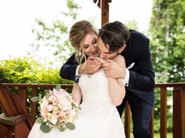 Philippe and Karine's wedding in Saint-Antoine-sur-Richelieu, Quebec 74
